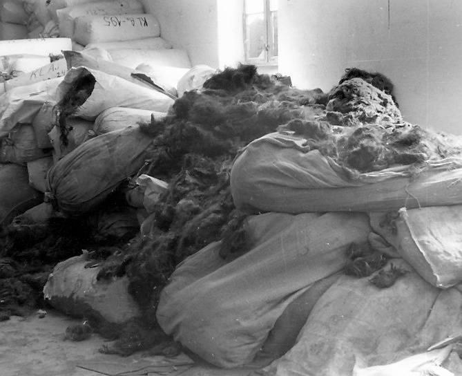 Znaleziono m.in. ok. 7 ton ludzkich włosów