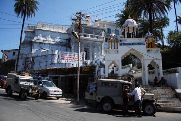 """Podróz po Indiach<br /> Mt. Abu - jedyny """"górski kurort"""" w Radzastanie."""