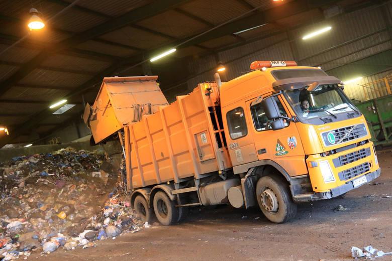 Miejskie Przedsiębiorstwo Oczyszczania działa w Toruniu bez większych zakłóceń. Zamknięto Punkt Selektywnej Zbiórki Odpadów Komunalnych. >>>>CZYTAJ
