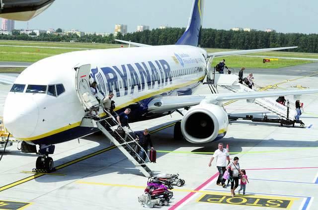 Więcej lotów z Bydgoszczy, więcej pracy w regionieW ub. roku ponad 290 tys. pasażerów obsłużonych na lotnisku w Bydgoszczy, korzystało z oferty Ryan
