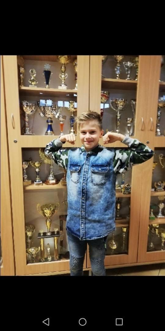 Chłopcy (Skierniewice)<br /> Piotr Swynarski – tenis stołowy (Klub Sportowy Ósemka), 136 gł.