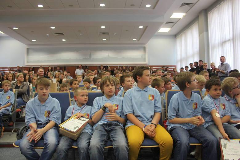 MMKS Podhale to największy jeżeli chodzi o liczebność zawodników i zawodniczek klub w Nowy Targu