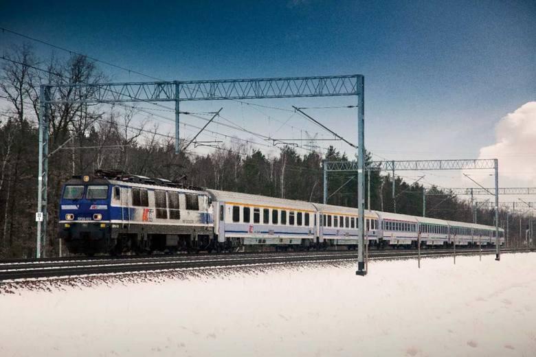 PKP Intercity przygotowało się na wzmożone podróże w czasie ferii zimowych, które dla uczniów z województw: lubuskiego, kujawsko-pomorskiego, małopolskiego,
