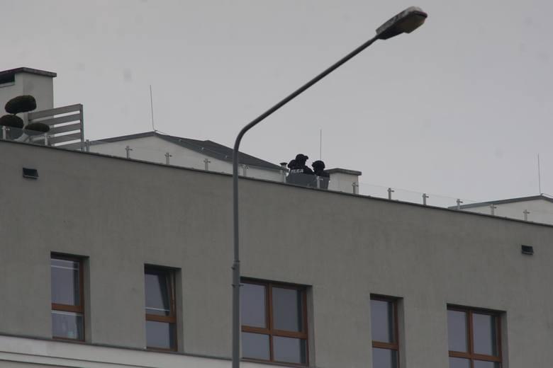 Akcja antyterrorystów na ul. Inflanckiej trwała prawie 17 godzin