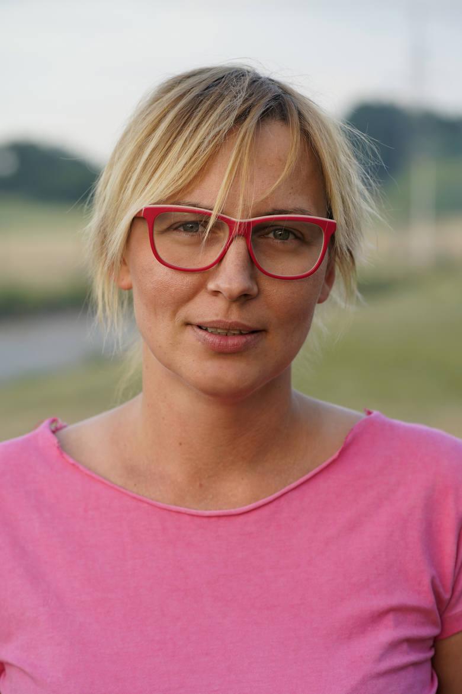 Anna Stachula-Rębisz: Ludzie unikają chorych, boją się nawet na nich patrzeć. Chcę to zmienić, dlatego głośno mówię, czym jest rak