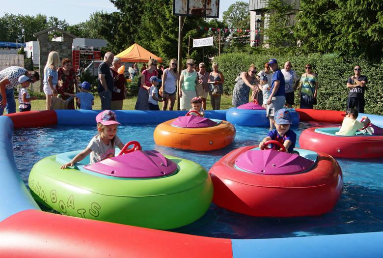 Jak co roku o tej porze w parafii Pw. Św. Maksymiliana odbył się festyn rodzinny z którego dochód przeznaczony jest na letni wypoczynek dla dzieci.