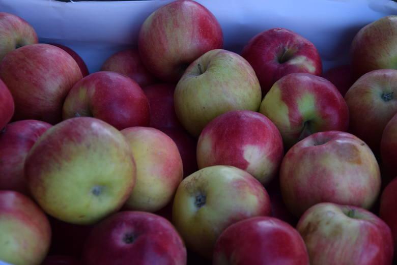 Jabłka - od 4.50 - 5.50 zł za kilogram