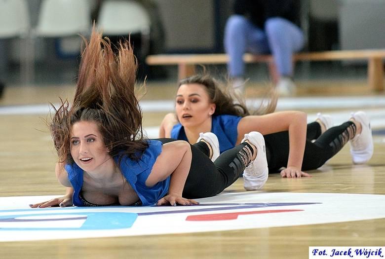 Cheerleaders na meczu AZS Koszalin - Stelmet Enea BC Zielona Góra