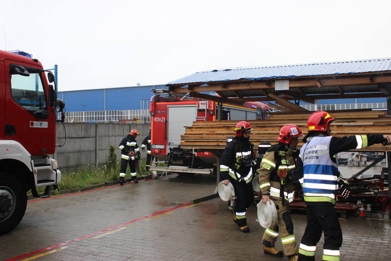 17 maja 2019 r. przeprowadzono ćwiczenia taktyczno-bojowe na obiektach firmy Unihouse w Bielsku Podlaskim. Tematem ćwiczeń był pożar w hali produkcy