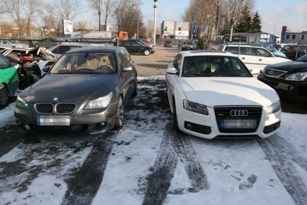 Grupa poruszała się po terenie całej Polski samochodami marki Audi A5 koloru białego oraz BMW kombi koloru grafitowego-szarego na niemieckich tablicach