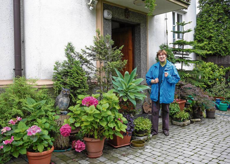 Maria Suknarowska ma duży ogród, zamierza w nim serwować śniadania swoim gościom