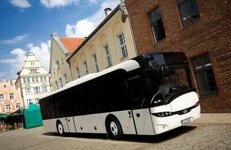 Solaris InterUrbino to jedna z tegoroczny premier na kieleckich targach. Zobaczymy go na stoisku firmy Solaris Bus&Coach o godzinie 11.00. fot.