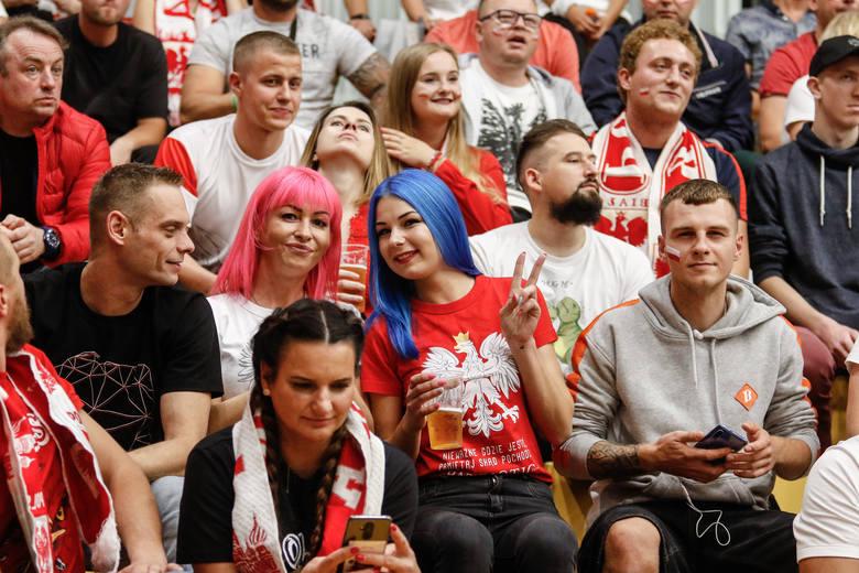 Polska - Ukraina siatkówka. Reprezentacja Polski błyskawicznie, w trzech setach, rozprawiła się z Ukrainą w ostatnim meczu fazy grupowej. Kolejny raz