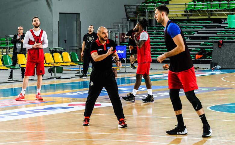 Już w sobotę w Bydgoszczy święto basketu - pierwsze w historii męskie derby w ekstraklasie. W klubie Enea Astoria od kilku dni trwa akcja #CzasNaDerby.