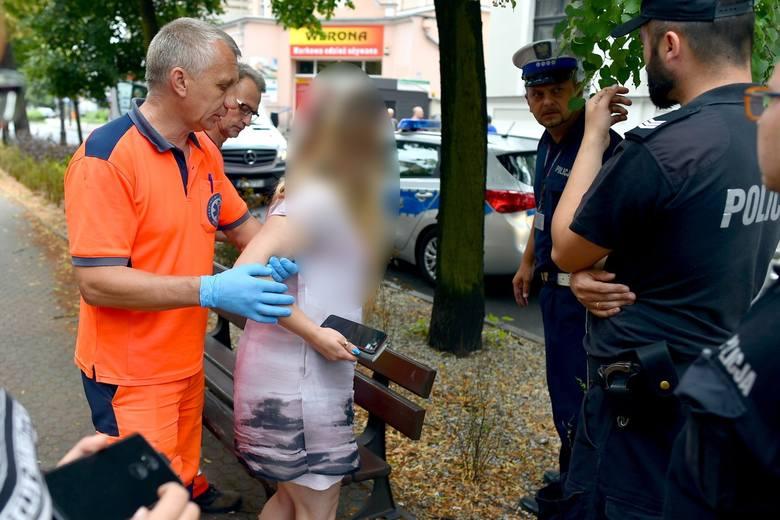 Kierowca czarnego porsche panamera, który zaatakował kobietę na pasach w centrum Leszna, chce opuścić areszt tymczasowy.