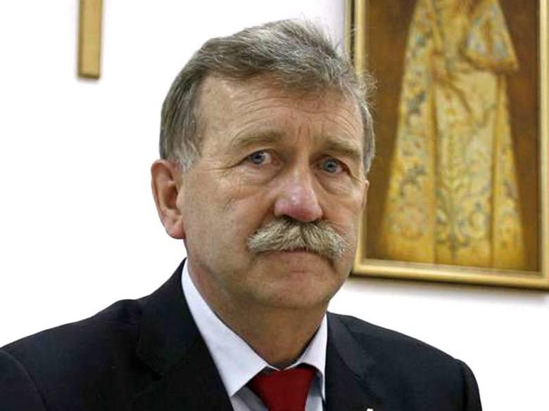 Senator Jaworski: telewizja publiczna propaguje eutanazję