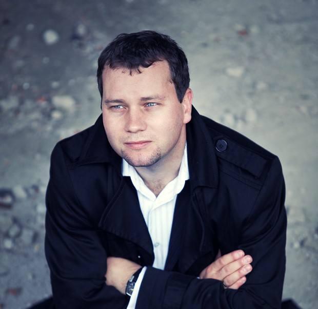 Marcin Gumiela jest wykładowcą Akademii Muzycznej w Bydgoszczy