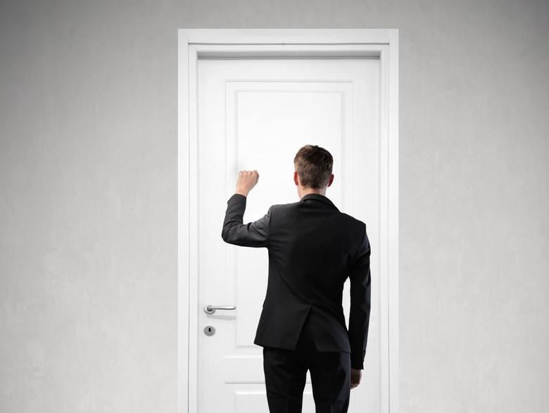 Konkurencja między firmami i RODO utrudniają rekruterom skuteczne poszukiwanie kandydatów do pracy. Tym bardziej, gdy potencjalny pracownik pojawi się