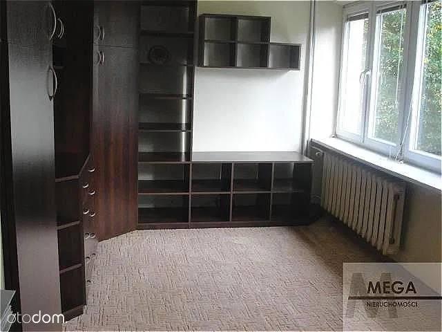Doły, Chryzantem, 26,20 mkw. 175 tys. zł (6 679 zł/m²)Mieszkanie własnościowe z księgą wieczystą na Dołach przy ul. Chryzantem, na 2. piętrze w wieżowcu