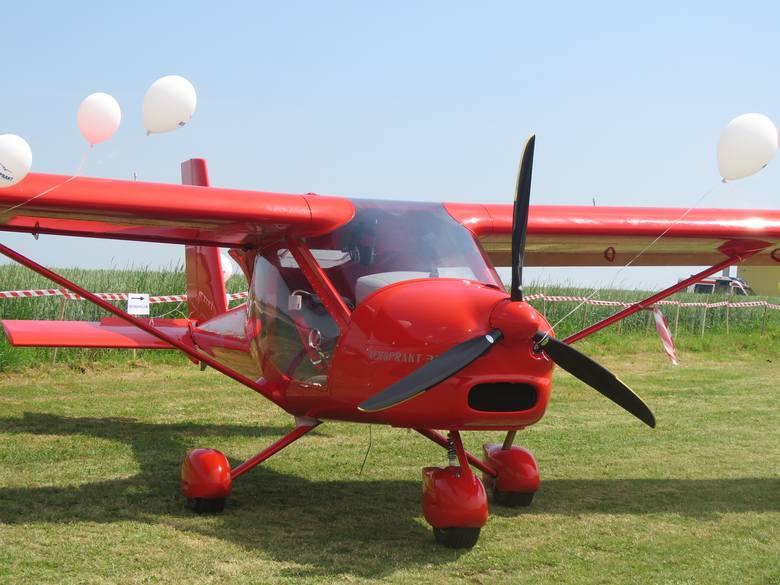 Mieszkańcy niewielkiej małopolskiej wsi Gierałtowiczki obok Zatora przyzwyczaili się już do widoku niewielkich samolotów na niebie. Znajduje tu się lotnisko