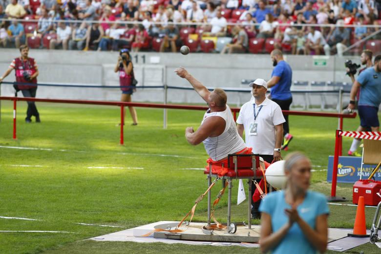 Ponad 30 tysięcy widzów na Stadionie Narodowym zdecydowało się oglądać mistrzów świata z Londynu i medalistów igrzysk olimpijskich. I to było - obok