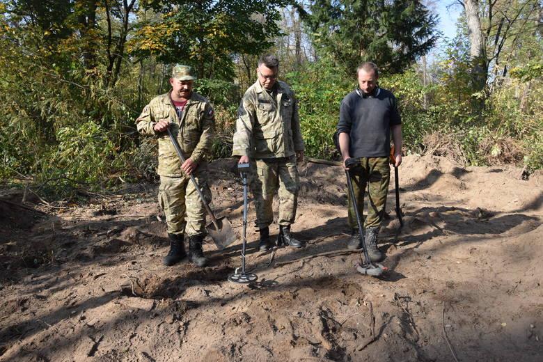 Poszukiwania na terenie dawnego majątki Scharfenberg  we wrześniu 2019