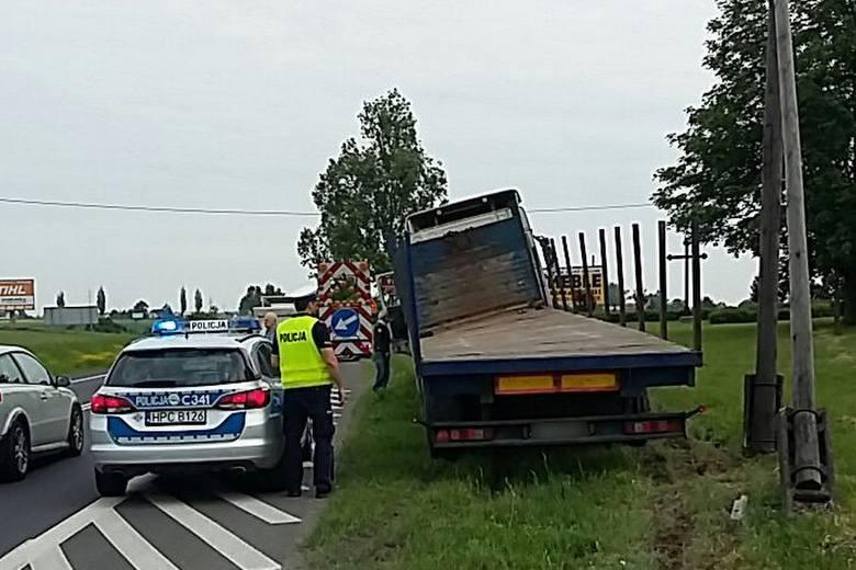 Do groźnie wyglądającego zdarzenia doszło we wtorek rano, 15 maja w gminie Chełmża. Na drodze krajowej numer 91, na wysokości miejscowości Grzywno, kierowca
