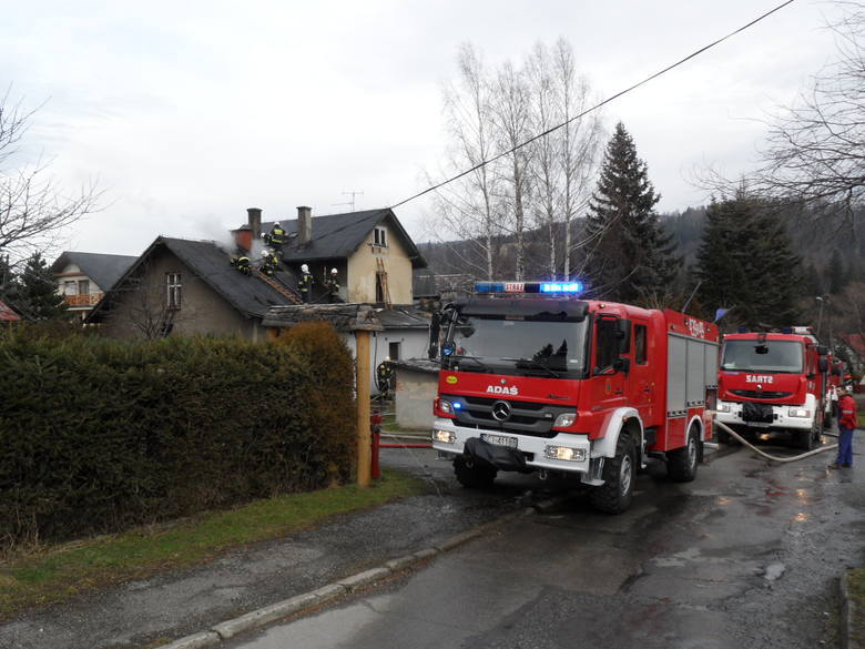 Pożar Ochorowiczówki w 2014 roku - spłonął dach i zawalił się strop domu.