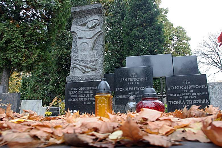 Grób rodziny Frykowskich w części katolickiej Cmentarza Starego przy ul. Ogrodowej w Łodzi