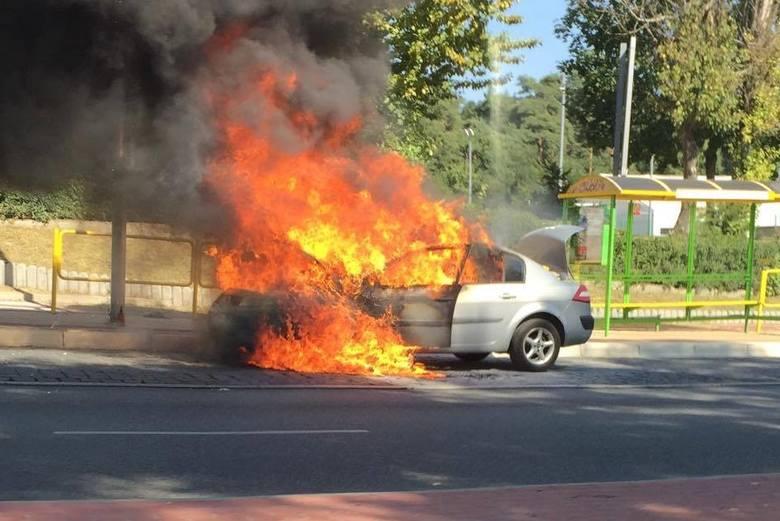 pożar samochodu w Zielonej Górze