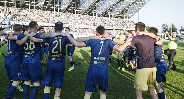 Przyjrzeliśmy się popularności podkarpackich klubów piłkarskich w mediach społecznościowych. Pod uwagę wzięliśmy oficjalne i aktywne konta klubów na