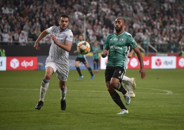 W przededniu wznowienia rozgrywek piłkarskiej ekstraklasy kibice Lecha martwią się, że kadra Kolejorza jest zbyt wąska i nieadekwatna do aspiracji klubu