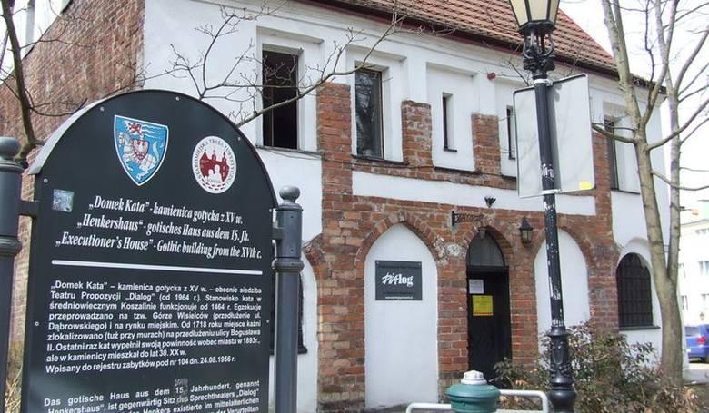 """Domek Kata, ul. Grodzka 3 - godz. 17-17.30 - """"Jaś  i Małgosia"""" - spektakl Zabytkowego Teatrzyku Lalkowego. - godz. 18-18.30 - """"Barokowe wynalazki"""" -"""
