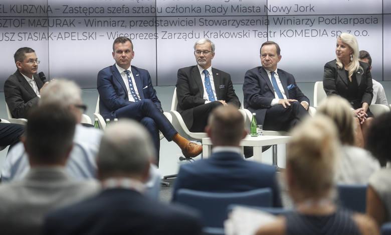 Ideą leżącą u podstaw Kongresu 60 milionów - Globalnego Zjazdu Polonii jest integracja polskich środowisk biznesowych z całego świata. Nazwa Kongresu