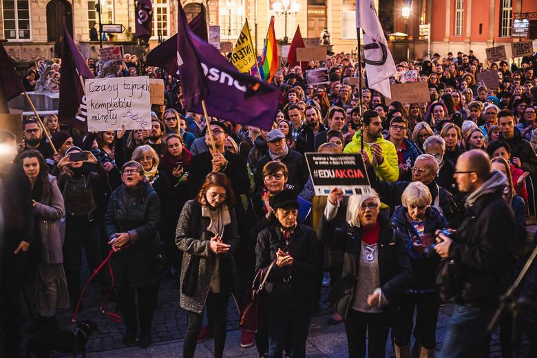 """Gdański protest """"przeciwko zakazaniu edukacji seksualnej"""" 17.10.2019"""