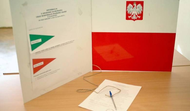 W niedzielę 13 października odbędą się wybory parlamentarne. Wyłonimy swoich przedstawicieli do sejmu i senatu. Wśród ubiegających się o mandaty jest