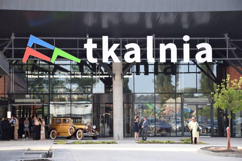 Tak wygląda wnętrze nowej galerii handlowej w Pabianicach. Za 2 tygodnie zaplanowano oficjalnie otwarcie i każdy będzie mógł wybrać się na zakupy do