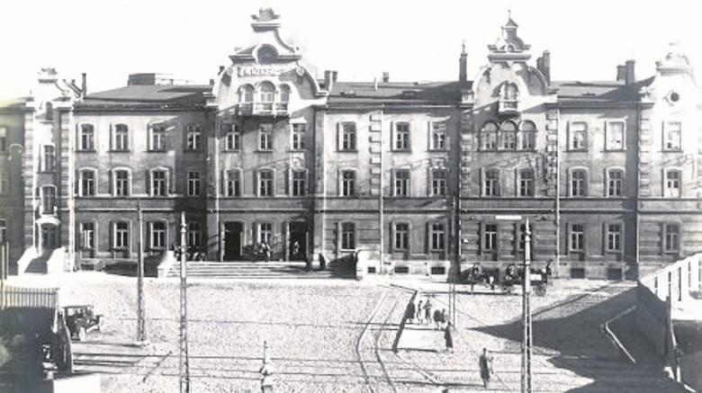 Przy ul. Piotrkowskiej dom schadzek prowadził 58-letni Oskar Adolf Lamert