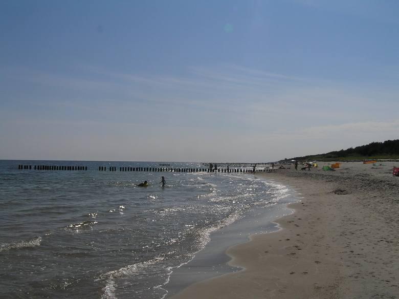 13. ChałupyMiejscowość położona na Mierzei Helskiej, zaledwie 8 km od centrum Władysławowa. Jest niewielka, ale należy do najbardziej znanych na wybrzeżu