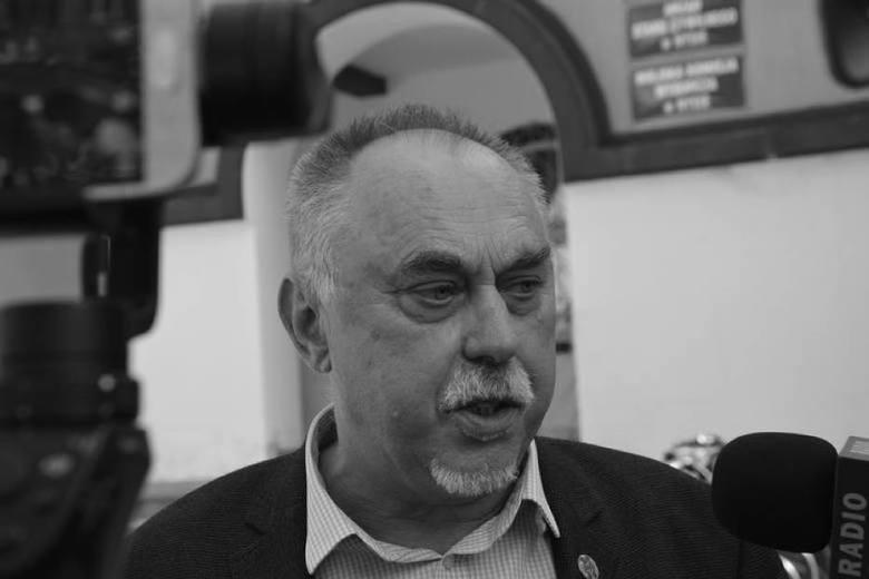 Janusz Sanocki (1954-2020)Janusz Sanocki zmarł 7 grudnia 2020 r. w szpitalu COVID-owym w Kędzierzynie-Koźlu. Miał 66 lat. Najpierw w listopadzie z ostrym