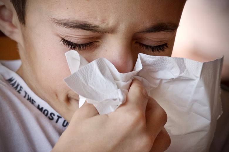 Wrzesień to pierwszy z miesięcy jesiennych, których aura sprzyja zachorowaniom. Państwowy Powiatowy Inspektor Sanitarny w Poznaniu odnotowuje liczbę
