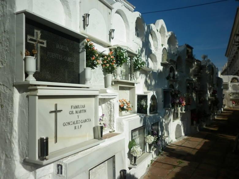Niezwykłe cmentarze świata