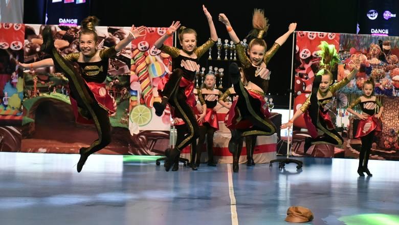 """Tak Perfekta Dance... """"fruwała"""" po medale mistrzostw Europy w Skopje. W najbliższy poniedziałek młodzi buscy tancerze wystąpią w popularnym"""