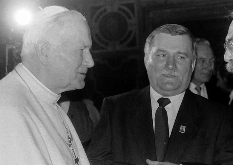 Prezydent Lech Wałęsa w Watykanie - wspomina fotoreporter Expressu