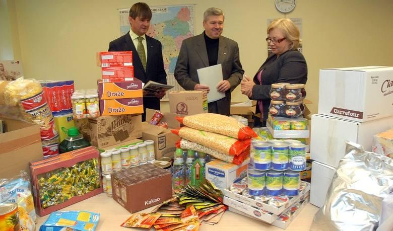 Rotarianie przywieźli dary dla hospicjum