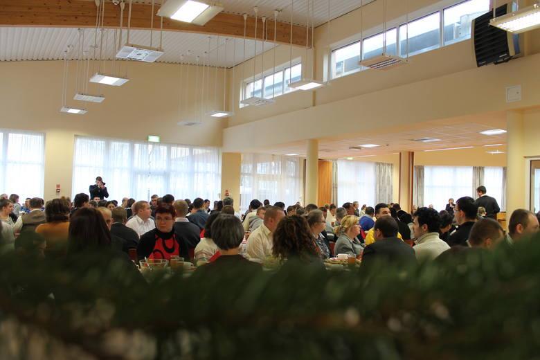 350 osób przy wigilijnym stole. Niezwykła wigilia w Szczecinie