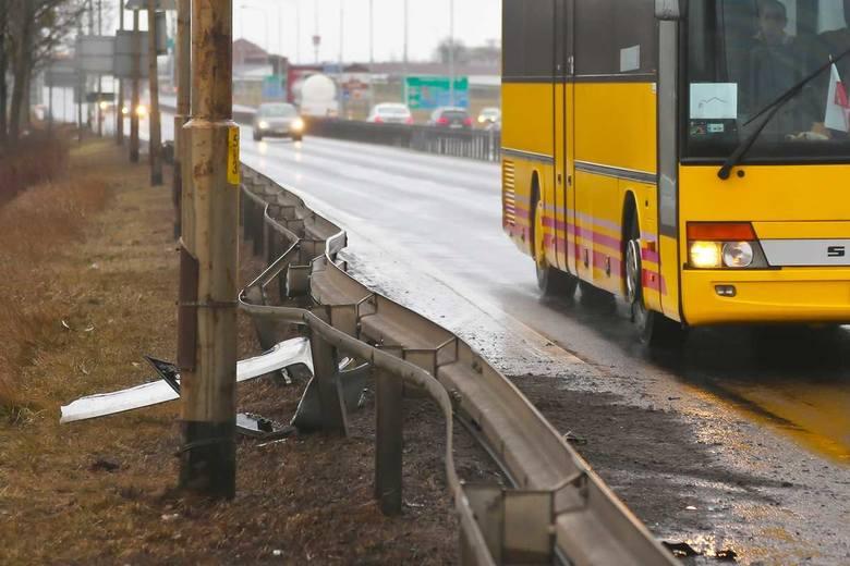 Wrocław: Ślisko i ciasno na drogach. Mnóstwo stłuczek