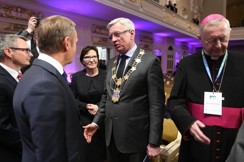 Przypomnijmy, że prezydent stolicy Wielkopolski zmierzy się najpierw w prawyborach partyjnych z Małgorzatą Kidawą-Błońską. Politycy Platformy Obywatelskiej