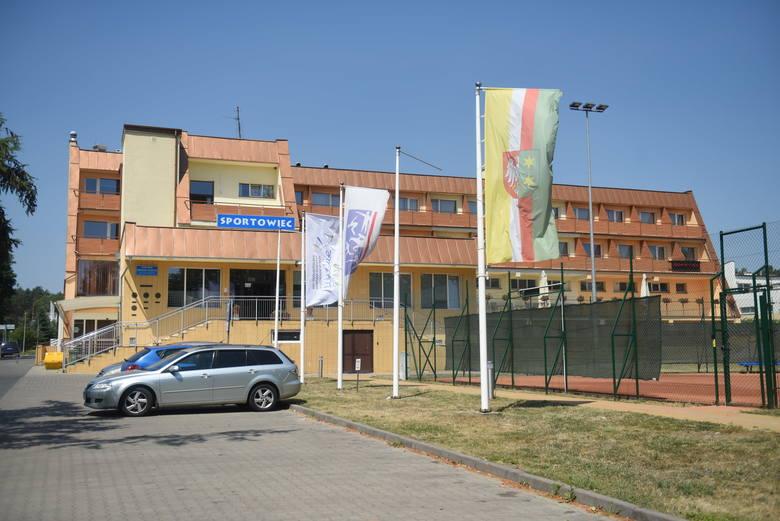 Wojewódzki Ośrodek Sportu i Rekreacji w Zielonej Górze Drzonkowie po przerwie spowodowanej pandemią koronawirusa znów się otwiera dla Lubuszan