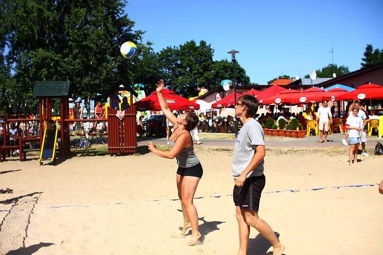 Jak zmieniała się plaża w Charzykowach [zdjęcia]